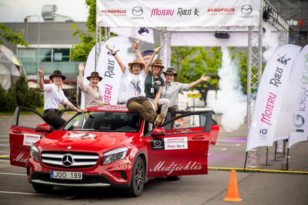 Damų klubo medžiotojoms – 2-oji vieta Moterų ralio komandinėje įskaitoje